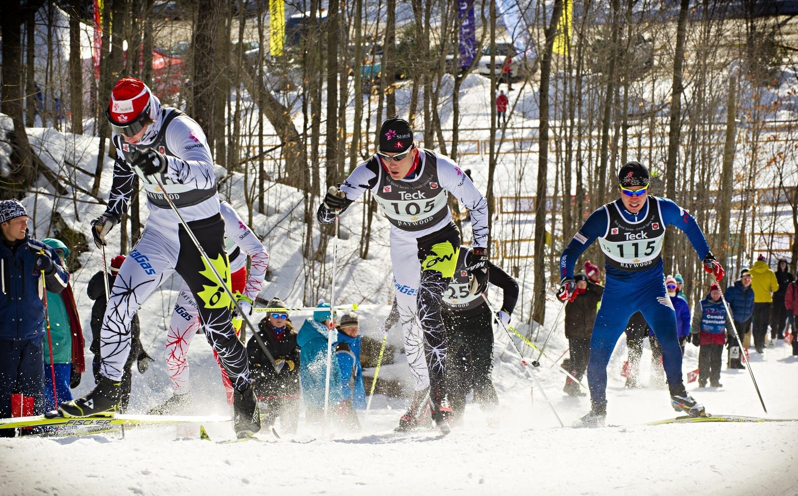 Běžecké lyžování bylo zařazeno mezi olympijské sporty v roce 1924. Až poměrně nedávno, v roce 1988, se od sebe oddělily klasická i volná technika