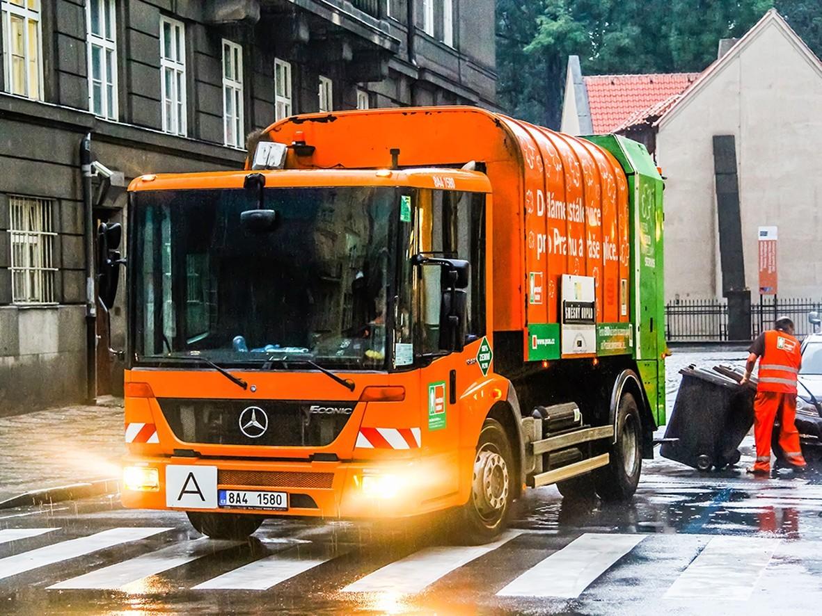 Svozové trasy odpadkových nádob budou optimalizovány pomocí speciální aplikace na jejich inteligentní plánování. Umožní to senzory umístěné přímo v koších propojené online s aplikací.