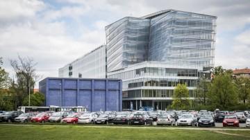 Futuristické sídlo kybernetického institutu