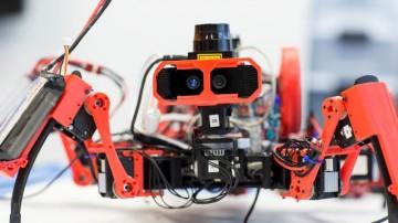 Pavoučí robotická armáda ve službách vědy